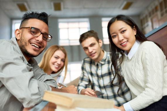 Stipendienprogramm Bildungsbrücke